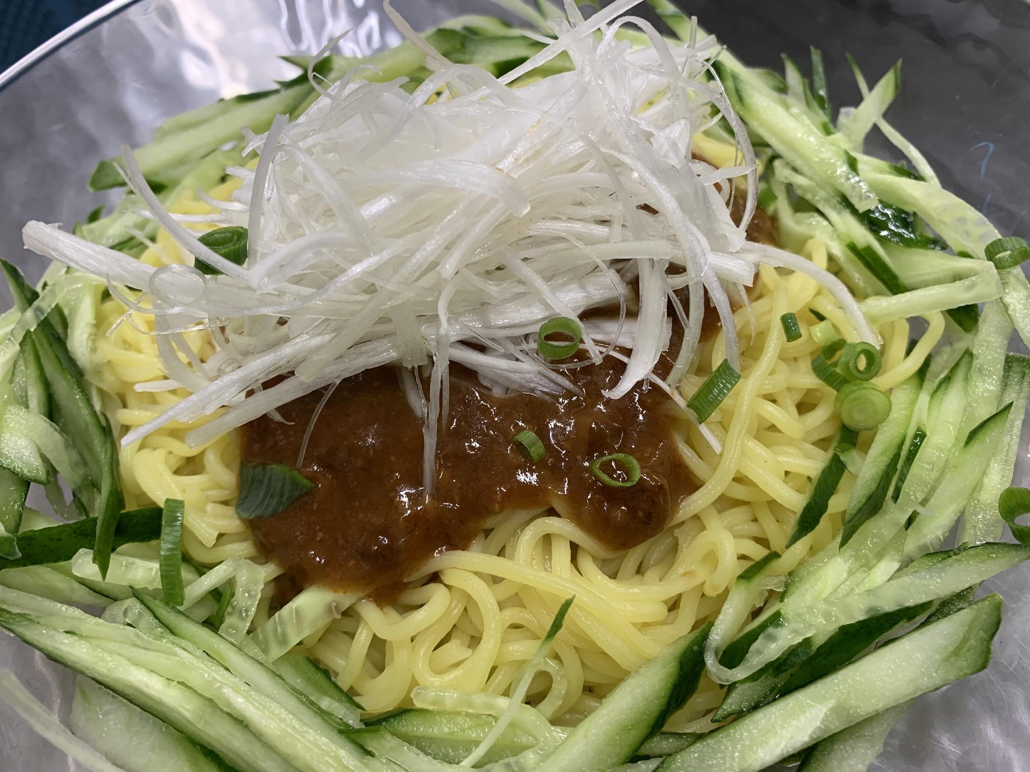 セブンプレミアムジャージャー麵の素   170円(税込)
